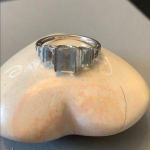 Jewelry - Aquamarine ring